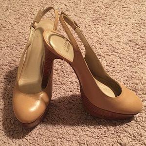 Stuart Weitzman leather platform closed toed heels
